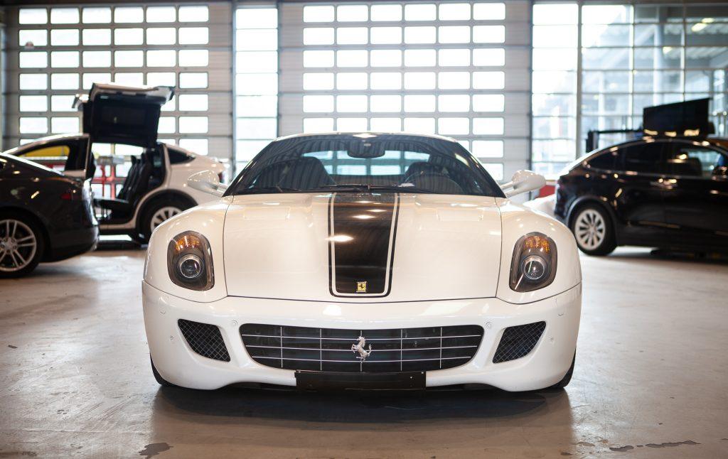 Ferrari-bil