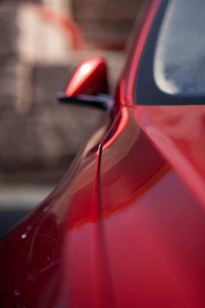 Rød bil-lakk